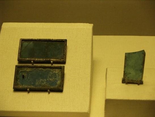 古代ガラス wiki